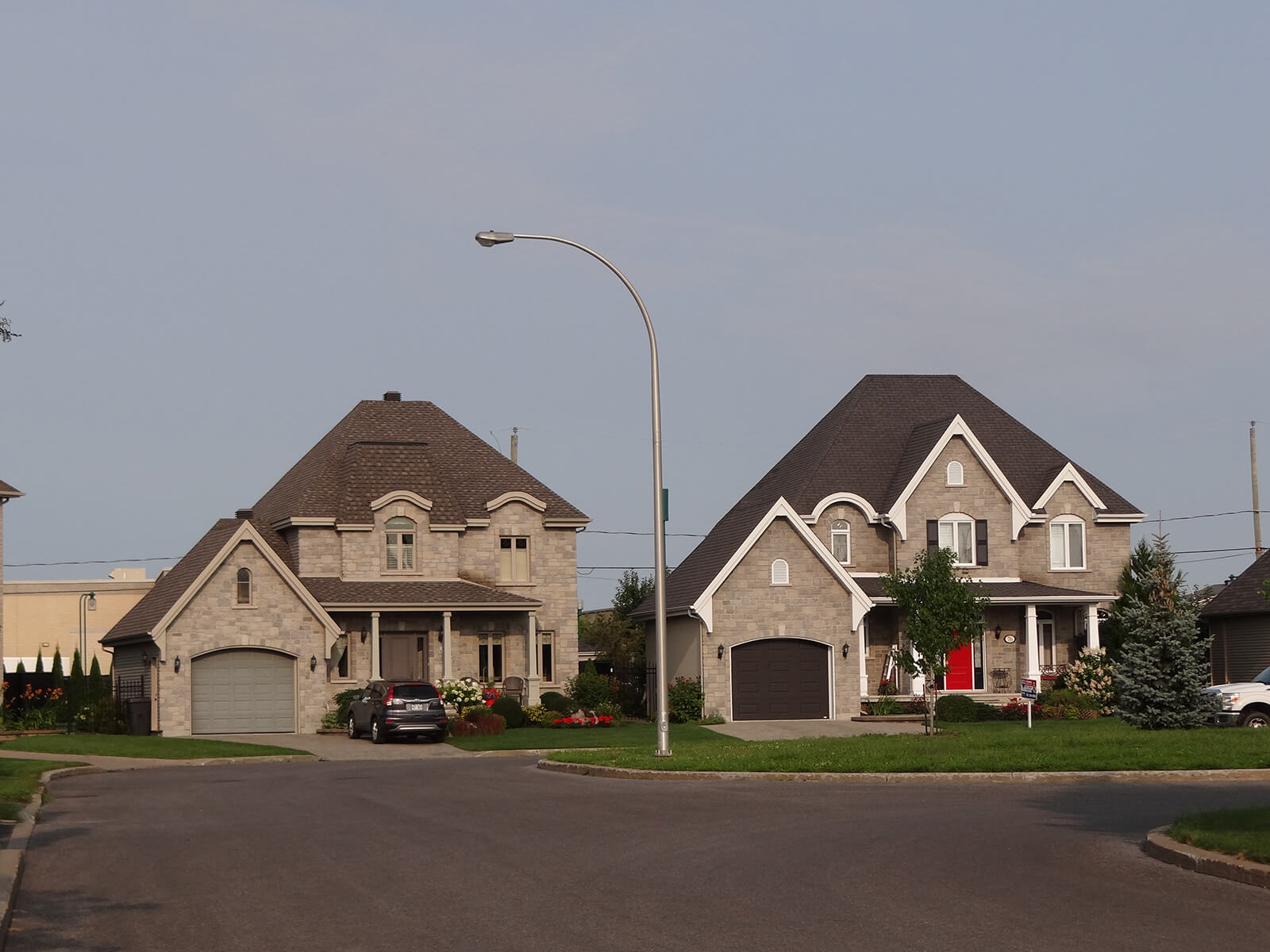 Maisons sur la rue Nicolas