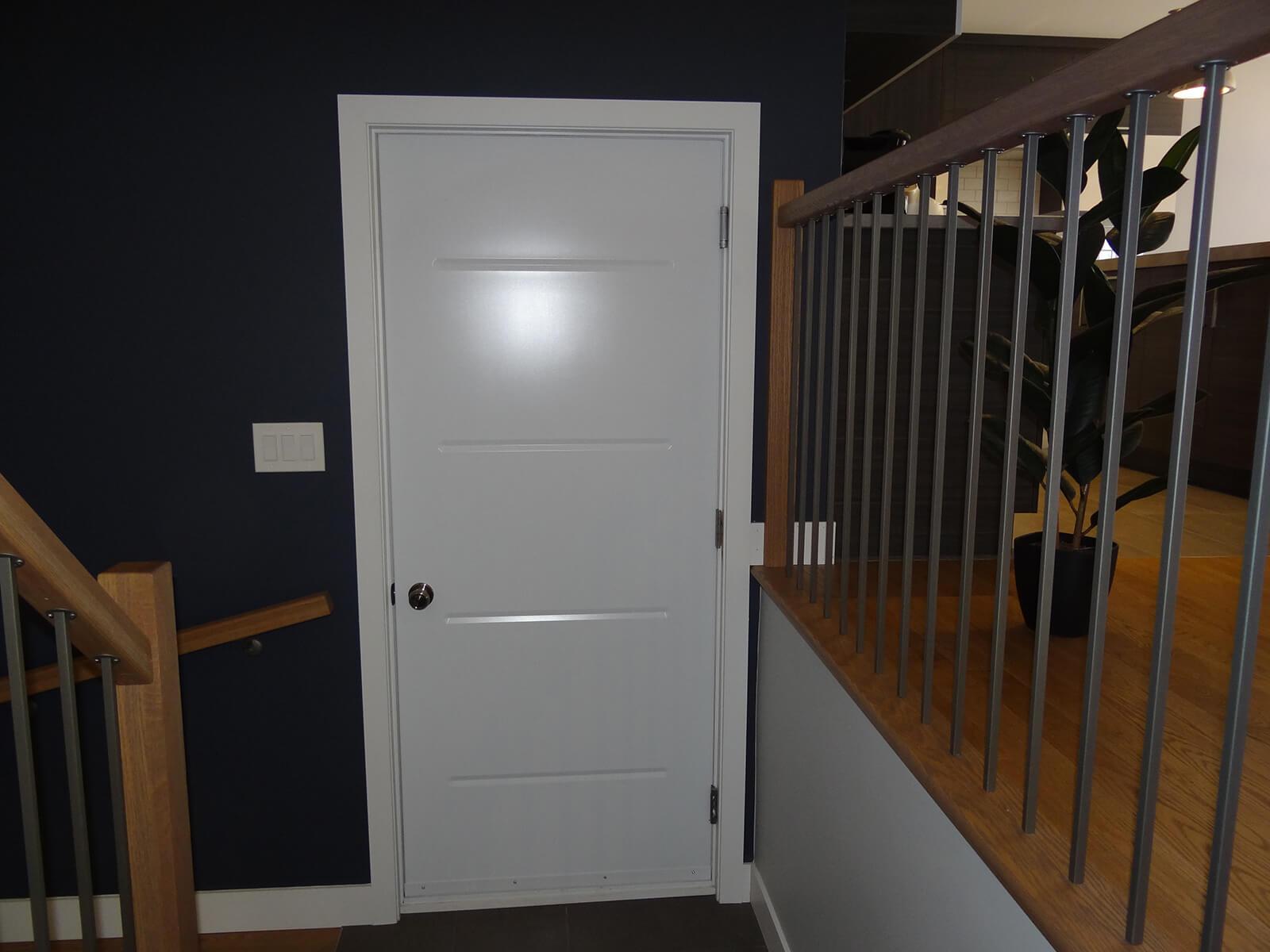 porte entre garage et maison